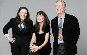 Loudon Wainwright III, Suzzy Roche & Lucy Wainwright Roche - All In A Family